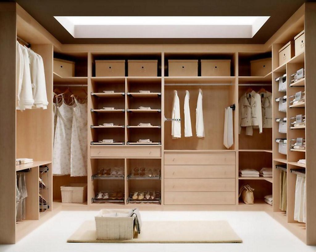 Aprovechar el espacio del dormitorio para conseguir un vestidor ...
